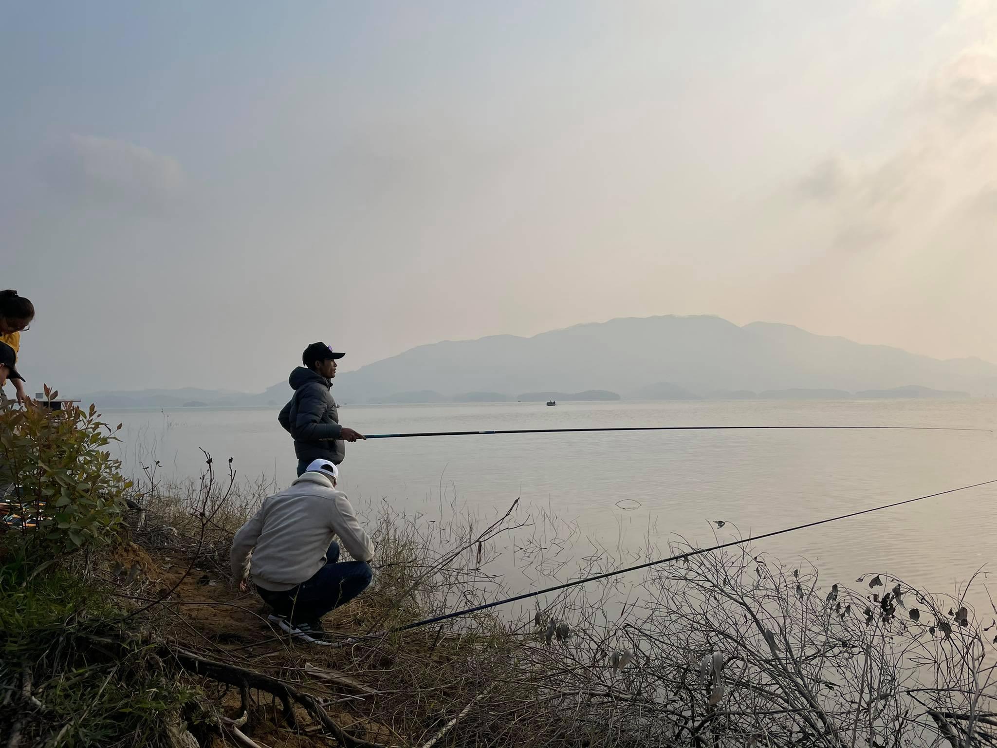 Mồi câu cá lớn tự nhiên